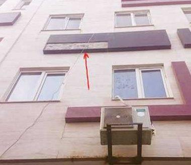 چسباندن سنگ نمای ساختمان