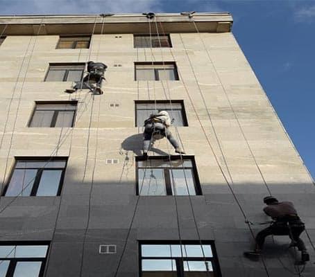 پیچ و رولپلاک کار ساختمان