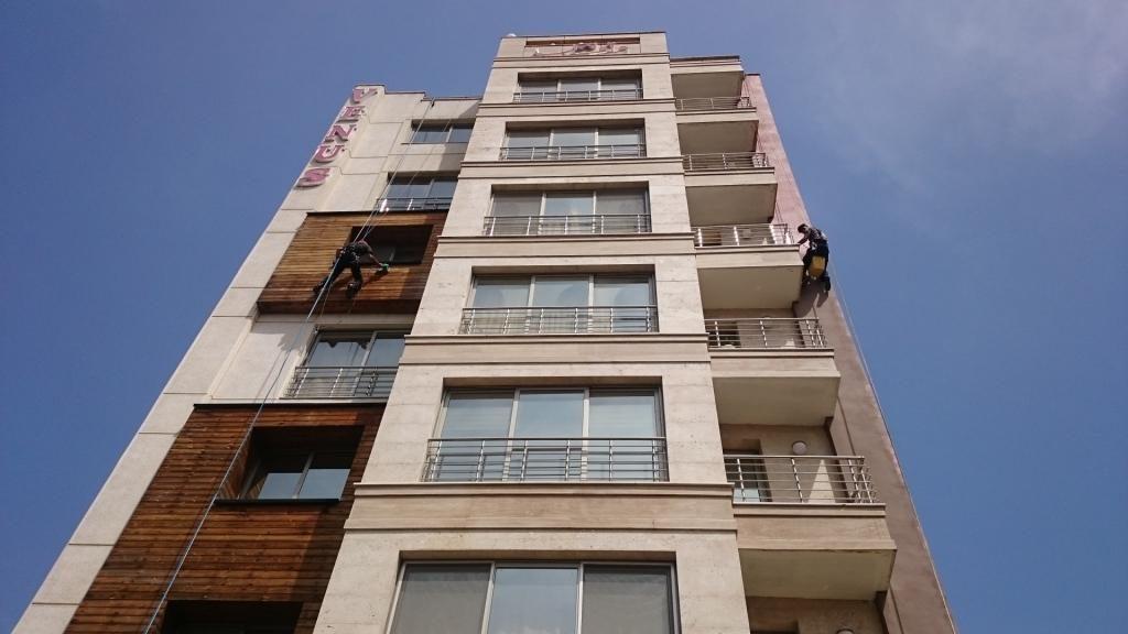 اب بندی نمای ساختمان